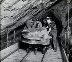 "Miners underground at Oakeley Quarry, Blaenau Ffestiniog, from ""Caban"" staff magazine Nov 1954 and ""AditNow"" Abandoned Places In The Uk, Abandoned Buildings, Anglesey, Cymru, Coal Mining, North Wales, Welsh, Slate, Britain"