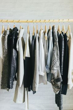 how to streamline your wardrobe - esp love the rule of 3
