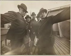 Selfie from 1911(?)