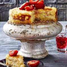 Kanafeh Cheesecake with Plums and Rosewater Syrup. This traditional dessert is sure to be a crowdpleaser. Lithuanian Recipes, Turkish Recipes, Greek Recipes, Arabic Recipes, Kunafa Recipe, Cheesecake Recipes, Dessert Recipes, Greek Cake, Pumpkin Crunch Cake