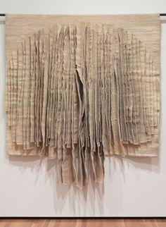 Jagoda Buic, White Reflections , Cleveland Museum of Art Textile Fiber Art, Textile Artists, Design Textile, Textiles Techniques, Art Techniques, Cleveland Museum Of Art, Paperclay, Art Mural, Fabric Manipulation