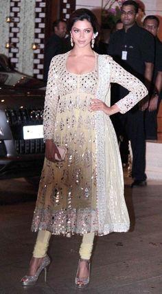 Deepika Padukone Hot Cleavage Pics in Deep Neck Pale Yellow Colour Anarkali… India Fashion, Ethnic Fashion, Asian Fashion, Indian Dresses, Indian Outfits, Pakistani Outfits, Indian Clothes, Indian Attire, Indian Wear