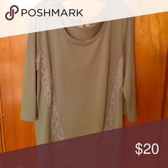 Chicos Top worn once Worn ONCE Chicos 3/4 sleeve top! chicos Tops Tunics