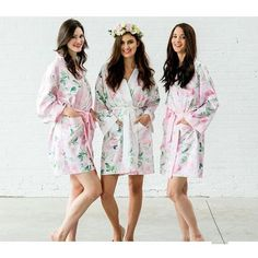 Floral Bridal Satin Robe is available in white, black, aqua blue, hot pink or light pink. Bridesmaid Satin Robe is the perfect wedding party gift for all your ladies. White Kimono, Floral Kimono, Bridesmaid Robes, Bridesmaids, Bridesmaid Proposal, Pink Watercolor, Watercolor Wedding, Kimono Fashion, Women's Fashion