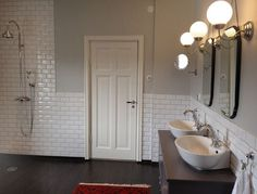 Badrum - Lilly is Love Light Fixtures Bathroom Vanity, Bathroom Floor Tiles, Bad Inspiration, Bathroom Inspiration, Bathroom Inspo, Dream Bathrooms, Beautiful Bathrooms, Timeless Bathroom, Bad Styling