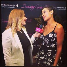 Pin for Later: Comment se passe vraiment le festival de Cannes ? Découvrez les photos Instagram que nous avons prises chaque jour !  Becca Frucht, notre journaliste de POPSUGAR Now a interviewé Rosario Dawson sur le tapis rouge de son film The Captive.
