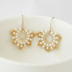 Beaded earrings with pearl and seed beads by Ranitit on Etsy