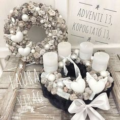 Christmas Advent Wreath, Xmas Wreaths, Christmas Table Decorations, Winter Christmas, Flower Decorations, Christmas Crafts, Thrifty Decor Chick, Wedding Wreaths, Christmas Traditions