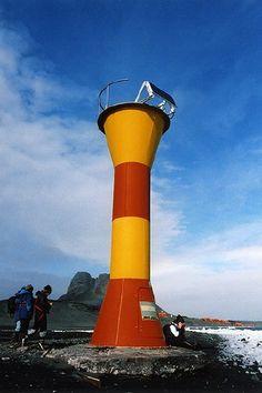 Jubany (Potter's Bay) LightJubany Base is an Argentine station Isla 25 de Mayo/isla Rey Jorge Antarctica Argentina -62.237533,-58.675532