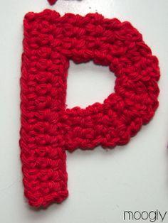 The Moogly Crochet Alphabet - free patterns! Crochet Alphabet Letters, Crochet Letters Pattern, Crochet Patterns, Letter Patterns, Afghan Patterns, Moogly Crochet, Crochet Stitches, Free Crochet, Blanket Crochet