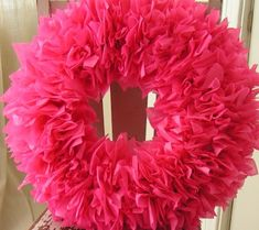 Best 40+ Fabulous Valentine's Day Wreaths DIY Tutorials | www.FabArtDIY.com