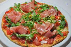 Recette pizza en chaud/froid serrano et roquette, cuisinez pizza ...