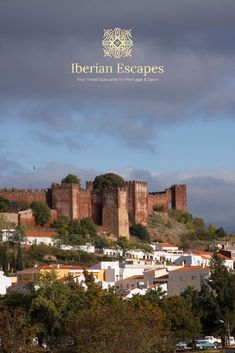 Things to do and places to visit in Silves, Portugal (Algarve). Here you will find photos of Silves old town, the town of São Marcos da Serra, São Bartolomeu de Messines, Silves beaches, hotels, restaurants, things to do, events, properties and much more. Travel with us, your luxury concierge in the Algarve! | Qué hacer y qué visitar en Silves, Portugal (Algarve). Aquí encontrará fotos de Silves, playas de Silves, hoteles, restaurantes, cosas para hacer, eventos y mucho más. #portugal #algarve Best Seafood Restaurant, Restaurant Names, Silves Portugal, Baroque Architecture, Medieval Town, Old Farm, The Dunes, Algarve, Day Tours