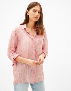 Oversized shirt with side buttons - Shirts - Bershka Czech Republic