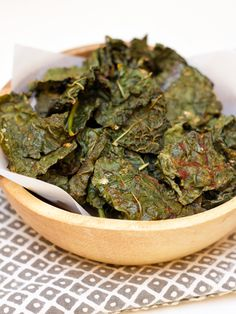 easy sriracha kale chip recipe