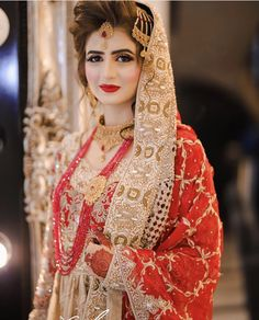 Brides / Dulhan from pakistan and india mostly on their barat day / wedding day leave to her husband's home. On barat wearing red & gold traditionally. Bridal Mehndi Dresses, Wedding Dresses For Girls, Pakistani Wedding Dresses, Indian Wedding Outfits, Bridal Outfits, Red Wedding, Wedding Bride, Perfect Wedding, Shadi Dresses