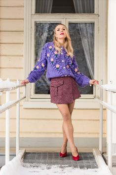 For anyone who is looking for a fancier take on sweaters and cardigans, there are so many options where to select from. My personal favorites are floral embroidered detailing and glamorously embellished buttons when I want to elevate my look. Relaxed and oversized knits are made to pair with straight legged jeans or figure-flattering miniskirts. Tight knitwear looks perfect with flowing skirts and slouchy trousers. STYLING by ANNA VALKIA / SWEATER CHICWISH Cardigans, Sweaters, Fashion Stylist, Spring Outfits, Knits, Knitwear, Most Beautiful, How To Look Better, Anna