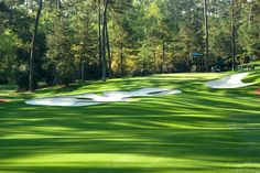 The hole at Augusta National Golf Club, site of the Masters golf tournament. Augusta Golf, Augusta National Golf Club, Famous Golf Courses, Public Golf Courses, Coeur D Alene Resort, Golf Holidays, Golf Course Reviews, Masters Golf, Village House Design