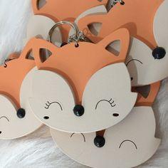 Foam Crafts, Arts And Crafts, Fox Party, Serpentina, Fox Decor, Valentine Box, Wooden Decor, Baby Birthday, Pet Shop