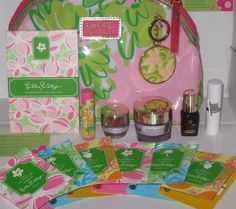 Lilly Pulitzer Estee Lauder Gift Set Lot All New Cremes, Bag, Parf,KeyChain,Lips #EsteLauderLillyPultizer