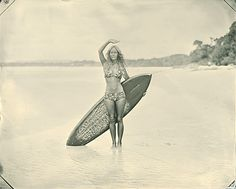 vintage surf .... I'm working on something for Kent, & well I figured her bod & the board was perhaps motivating