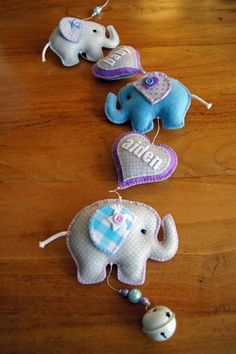 Who loves crafts and is always trying new experiences … – For Pregnant Women Felt Crafts Patterns, Felt Crafts Diy, Felt Diy, Diy Arts And Crafts, Baby Crafts, Fabric Crafts, Elephant Quilt, Felt Stocking, Felt Gifts