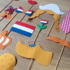 "Hollandse Photo Booth Ideal for King's Day, an ""I love Holland"" theme or at a party! Deborah van de Leijgraaf, illustrator, drew these amazing props that you can print in color or that you can…"