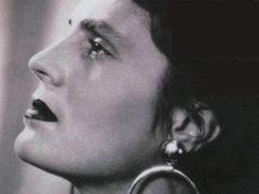 amalia rodrigues - Google pretraživanje Amalia Rodriguez, Drawings, Music, Face, Google, Style, Picture Frame, Musica, Swag