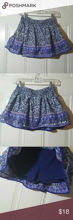 Children's Place skirt Children's Place  skirt with shorts underneath   Size 14  Beautiful colors with a little bit of shine to it! Great skirt in excellent condition.  ➡ Same day shipping! Monday through Saturday!⬅ Children's Place Bottoms Skirts