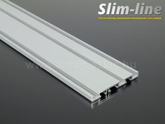 3 soros, 150 cm hosszúságú alumínium függönysín. Gardinia termék Slim-line fantázianév. Egyszerű és elegáns.