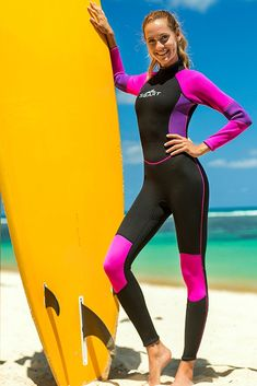 Shop The Best Range Of Womens Wetsuits. It Can Also Keep You Warm In Cold Water, Preventing Coral Scratches And Jellyfish Attacks During Diving. Sport Chic, Sport Girl, Hot Surfers, Diving Suit, Scuba Diving, Board Shorts Women, Womens Wetsuit, Surf Girls, Leggings