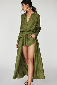 Free People's cute dresses fit every occasion! Shop online for summer dresses, sundresses, casual dresses, white boho maxi dresses & more. Pastel Maxi Dresses, Cute Dresses, Casual Dresses, Prom Dresses, Infinity Dress Bridesmaid, Bridesmaid Gowns, Little White Dresses, Stylish Outfits, Trending Outfits