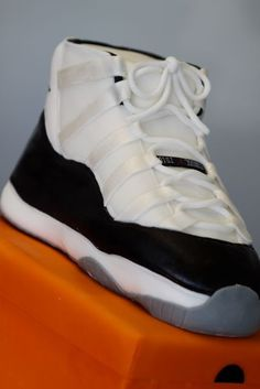 best website 90d0f d31ec A detailed step by step process on How to Make a Air Jordan 11