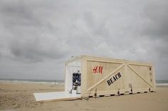 H's shipping container-style pop-up shop on the beaches of Scheveningen in the Netherlands.