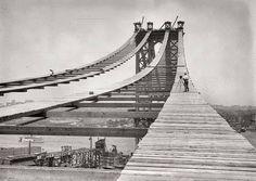 Construcción del #Puente de Manhattan (1908). #IngenieriaRetro #Ingeniería vía Twitter @solestudiosing