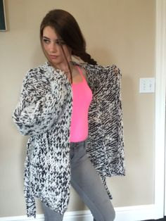 Easy Knitting Pattern for a Chunky Cardigan by KnitwearByJosephine