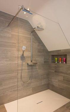 Small Attic Bathroom, Wet Room Bathroom, Small Bathroom Renovations, Modern Bathroom, Blue Bathrooms Designs, Best Bathroom Designs, Bathroom Design Layout, Bathroom Interior Design, Attic Bedroom Designs