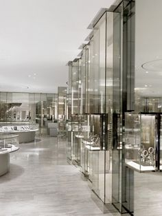Interior / Commercial - Gold: Brown Thomas Luxury Hall by Burdifilek Boutique Interior, Boutique Design, Jewelry Store Design, Jewelry Shop, Jewelry Stores, Jewelry Rings, Jewelery, What Is Interior Design, Restaurants