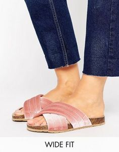 Buy Hot Pink New look wide fit Strap sandals for woman at best price. Compare Sandals prices from online stores like Asos - Wossel Global Asos, Latest Fashion Clothes, Latest Fashion Trends, Fashion Online, New Look Shoes, Sandal Price, High Street Brands, Strap Sandals, Women's Sandals