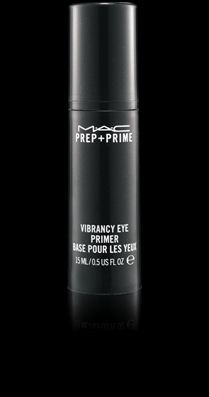 Instant eye prep! This quick fix reduces the look of puffy eyes and under-eye shadows while imparting a bright natural radiance to the entire eye area. Perfectly primes the eye for makeup. Use regularly and see those instant benefits become more permanent!15 ml / 0.5 fl oz   US$30.00