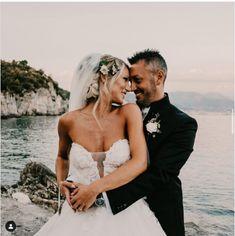 Planning a Beach Wedding Italy? Incanto Weddings in Italy will help you. #BeachWeddingItaly #BeachWedding Wedding Venues Italy, Wedding Planner Italy, Destination Wedding Planner, Best Wedding Venues, Italy Wedding, Our Wedding Day, Perfect Wedding, Wedding Planning, Dream Wedding