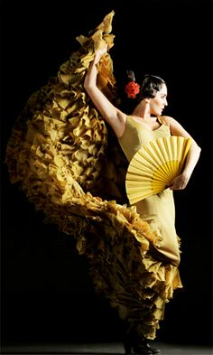♫♪ Dance♪♫ Lady in yellow. Flamenco festival