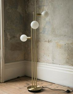 Pisa Globe Floor Lamp | £ 205