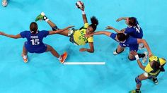 Best thing I've read all week: Losing one's Olympic and handball virginity in one fell swoop - Grantland @sportsguy33 #olympics