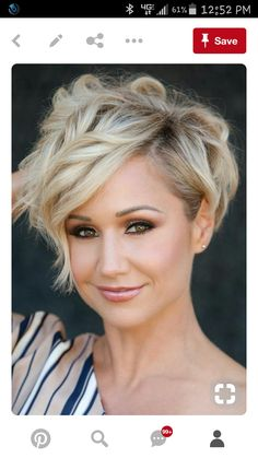 Feel insecure about your hair type? Check out the trendy pixie hairstyles that will sort things out. Sassy Hair, Haircut And Color, Short Hair Cuts For Women, Short Cuts, Pixie Haircut, Great Hair, Hair Today, Pretty Hairstyles, Curly Pixie Hairstyles