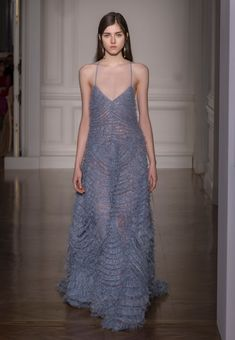 VALENTINO Haute Couture Spring/Summer 2017  Women - Look 44 of 59