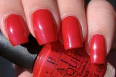 My most favorite nail polish color... A Qui bit of Red from OPI .... simply amazing!