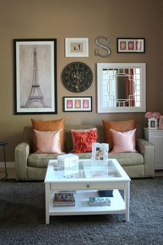 Love the coffee table (want it in dark wood) + the wall!