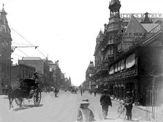 Adderley Street, Cape Town 1898| Flickr - Photo Sharing! Old Pictures, Old Photos, Vintage Photos, Cities In Africa, Old Photography, Most Beautiful Cities, African History, Cape Town, South Africa