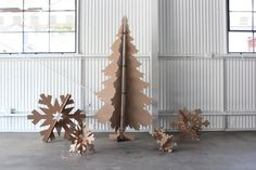 Hey, I found this really awesome Etsy listing at https://www.etsy.com/listing/169871999/6ft-tall-recycled-cardboard-christmas